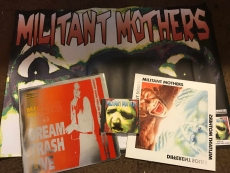 Militant Mothers - 3 Scheiben + A1-Poster: SPOTTBILLIG!
